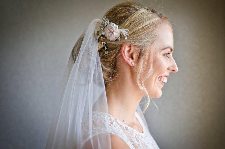 A DIY Barn Wedding in Lancashire (c) Jules Fortune Photography (26)