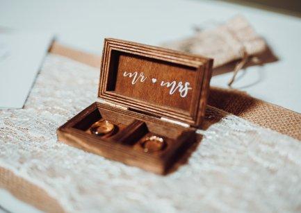 Rustic Wedding at South Causey Inn (c) Hayley Crone (32)