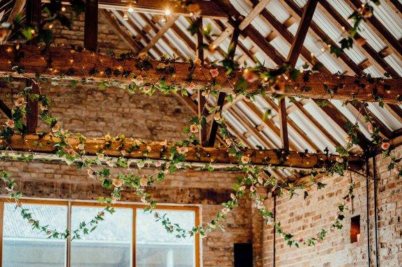 A Colourful Wedding at Barmbyfield Barns (c) Hamish Irvine Photographer (21)