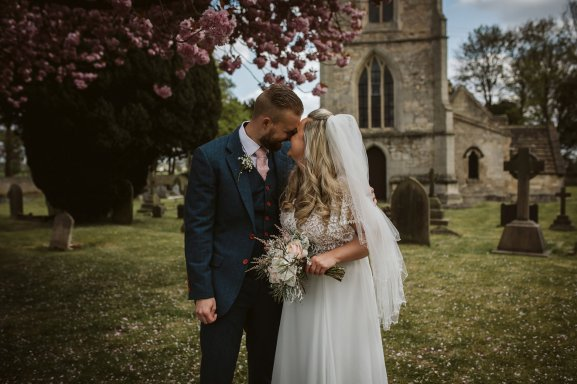 A Rustic Wedding In Loversall (c) Hannah Brooke Photography (63)