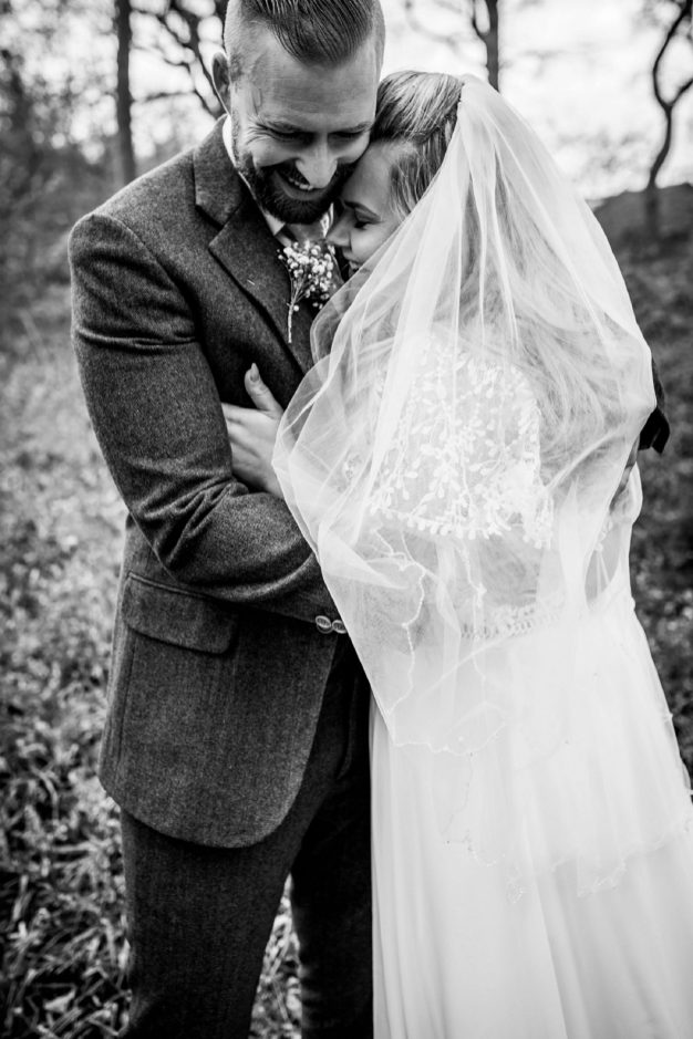 A Rustic Wedding In Loversall (c) Hannah Brooke Photography (73)