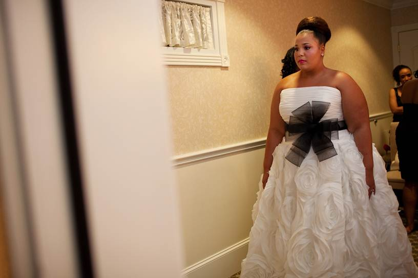 The Wedding Dress Guide For Full-figured Brides