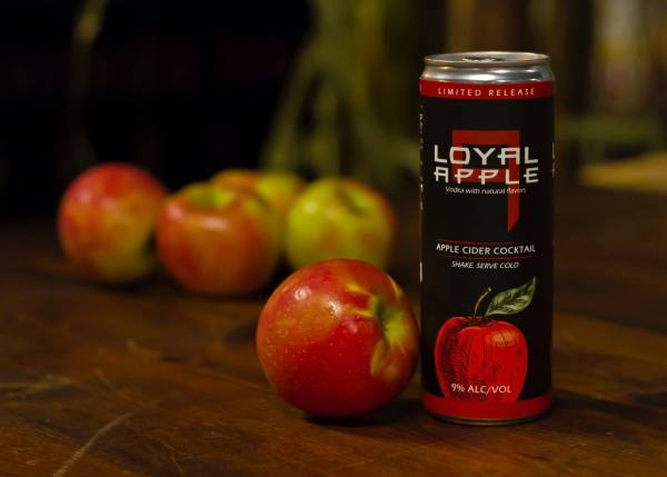 sons of liberty loyal 9 apple cider cocktail