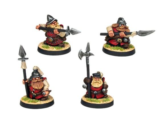 Dwarf Explorer with Halberds