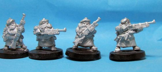 Highland Dwarve with Muskets