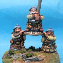 Dwarf Hero and Shieldbearers