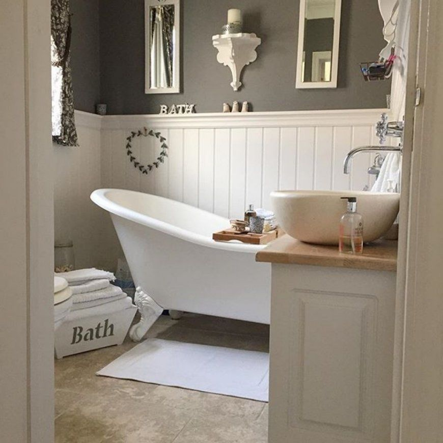 Luxury Country Style Bathrooms Model - Home Sweet Home ... on Rural Bathroom  id=71971