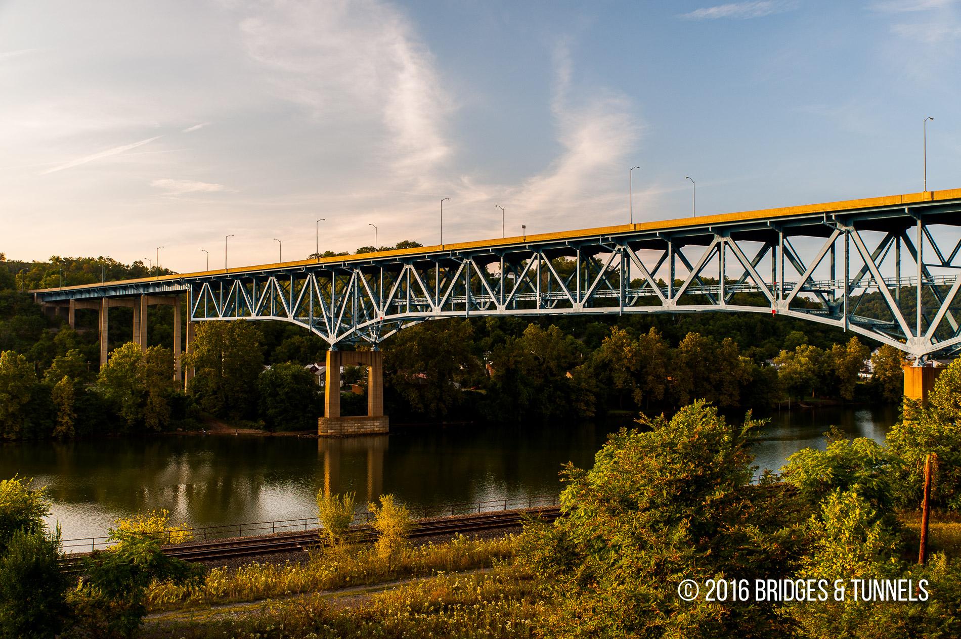 Brownsville High Level Bridge (US 40)
