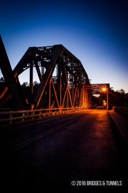L&N Bridge (Louisville & Nashville Railroad), Broadway Bridge (Old US 127 & US 421)