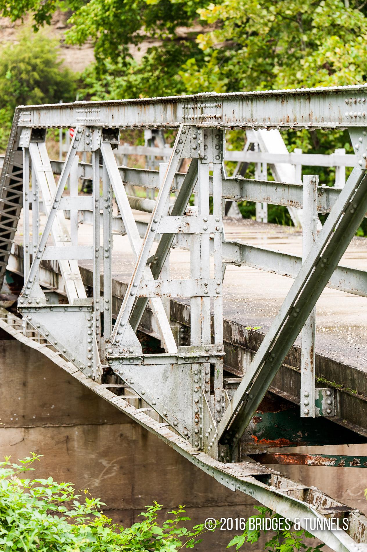 Mulligan Lane Bridge