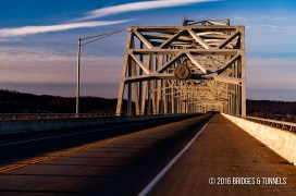 Carl D. Perkins Bridge (Truck US 23)