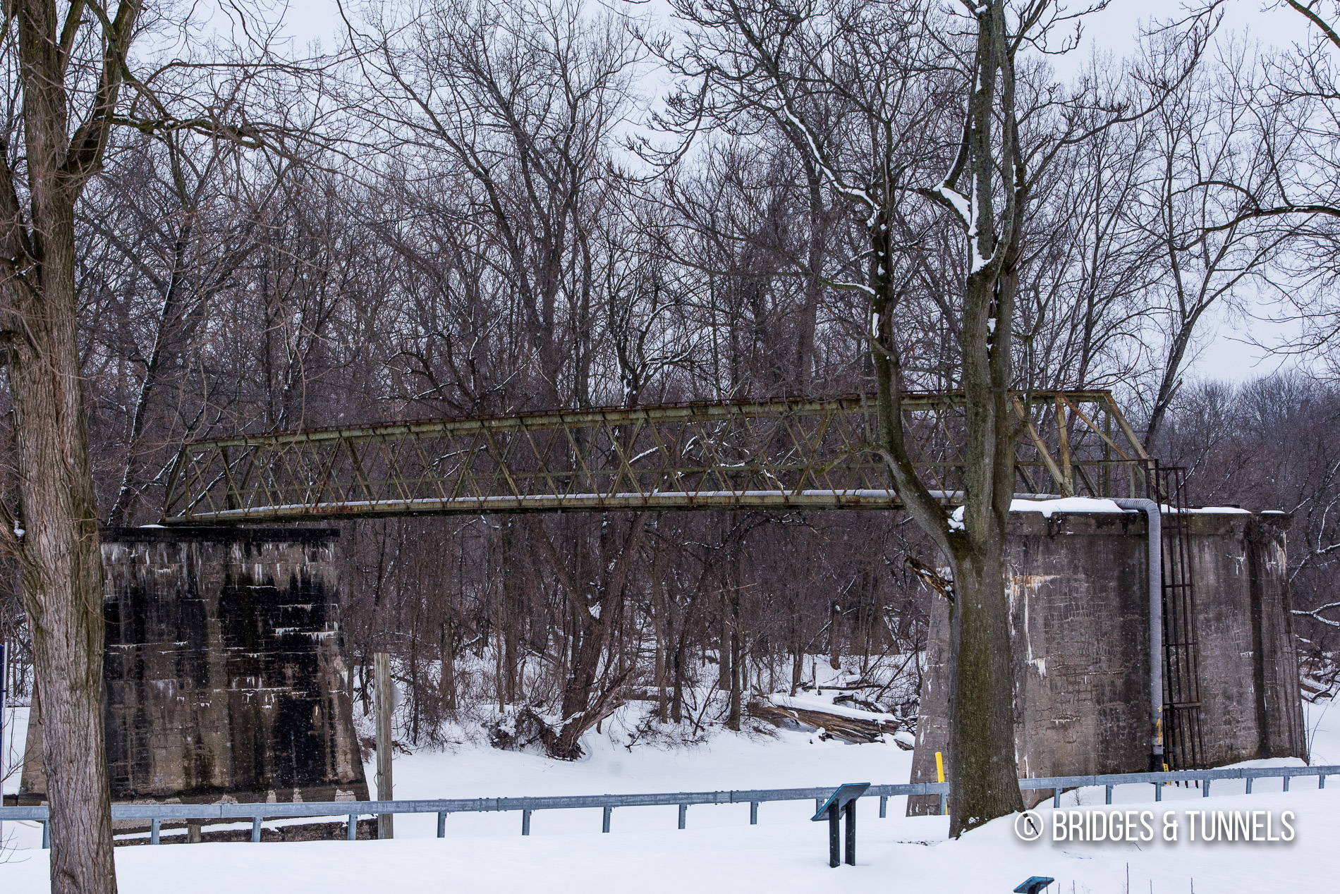 Rochester, Syracuse & Eastern interurban bridge