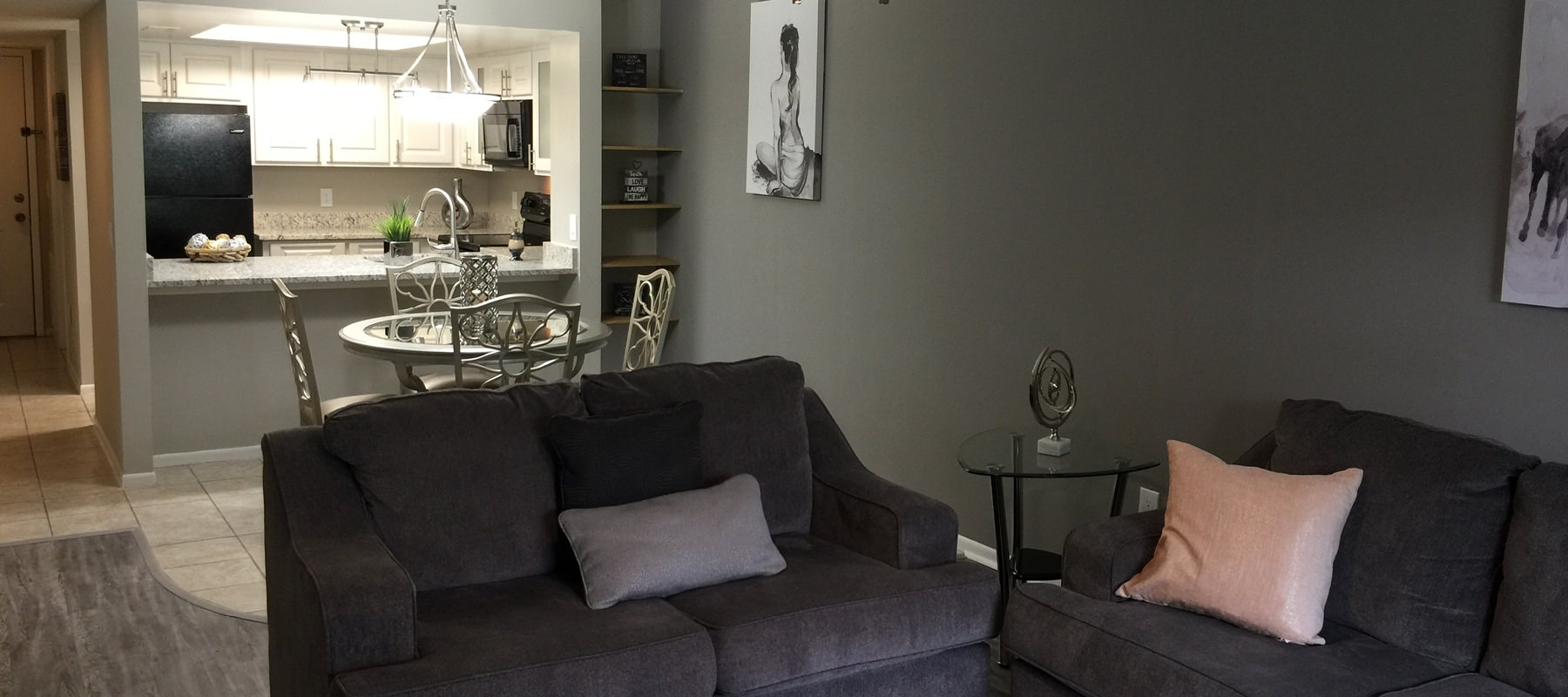 Tastefully appointed living room