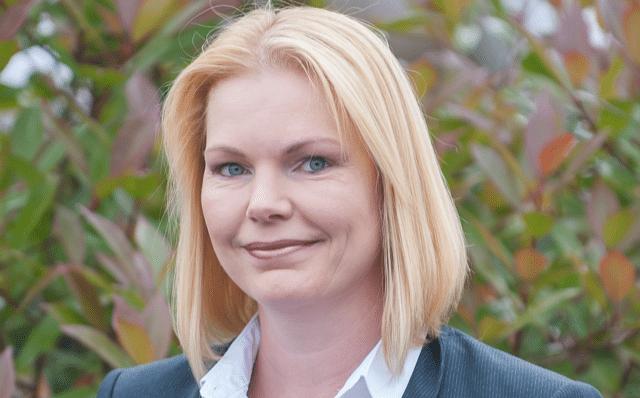 Amanda Meadows signature private finance