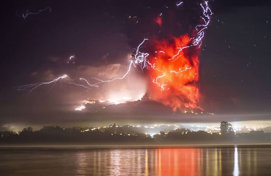 eruption-volcan-calbuco 1
