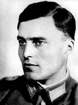 Fotografie von Claus Schenk Graf von Stauffenberg - Quelle: WikiCommons