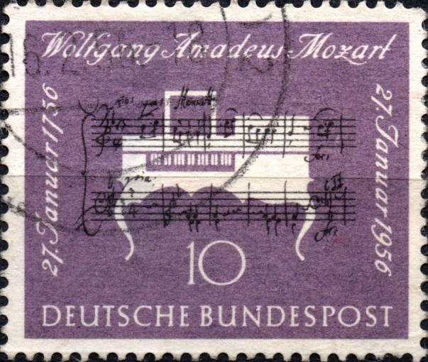Scan/Informationen: Briefmarke aus Deutschland von 1956, Thema: Wolfgang Amadeus Mozart (200. Geburtstag), violett und dem Nennwert 10Pf.