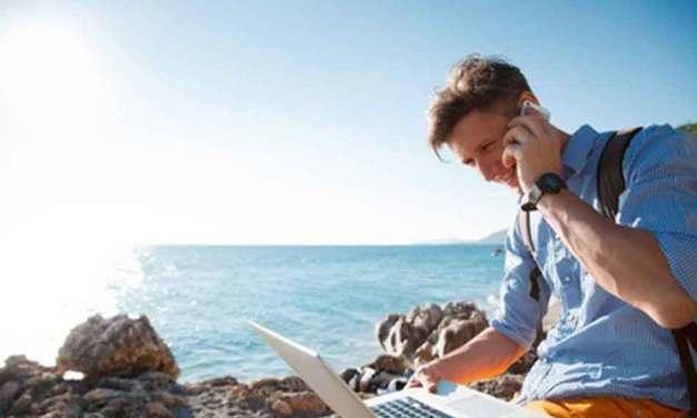 Loisirs, sommeil, vacances… Ou quand le travail s'immisce dans votre vie privée : «On n'arrive pas à se déconnecter»