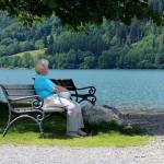 Reporter l'âge de la retraite à 64 ans : syndicats et patronat contre une mesure précipitée