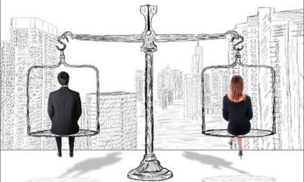 Les progrès vers l'égalité femme-homme encore ralentis par la pandémie, selon la Banque mondiale