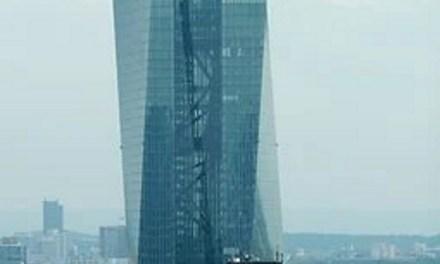 La reprise de l'économie sera forcément lente, avertit la BCE