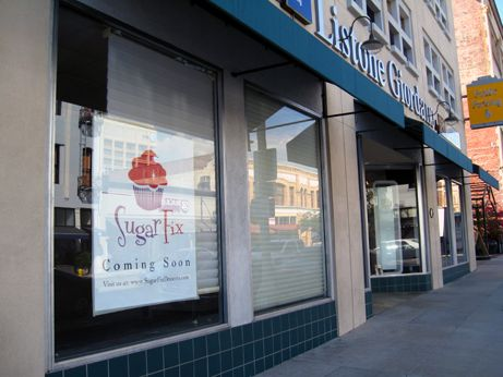 The sign is finally up for the next place to get your Sugar Fix in Old Pasadena