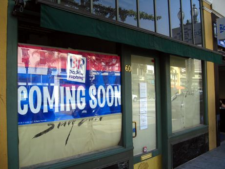 The sign for Baskin-Robbins is now up letting Old Pasadena know its coming