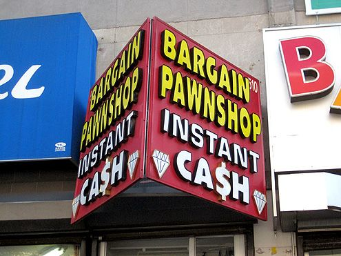 study of pawnshop This thesis is dedicated to my brother, lucas powell, who is employed in a pawnshop and who made this study possible.