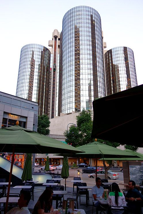 Outdoor dining for Asian Box diners across from the Westin Bonaventure Hotel