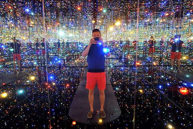 Ending the tour with Yayoi Kusama's Infinity Mirrored Room --- The Souls of Millions of Light Years Away (2013)