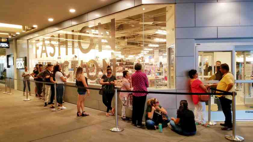 7353663520e8 Large windows beckon shoppers to enter the new Nordstrom Rack in Downtown LA