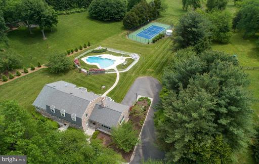Property for sale at 305 Seneca Rd, Great Falls,  Virginia 22066