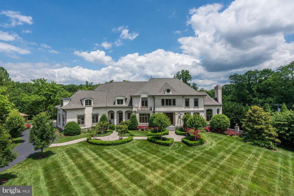 This Impeccable French Provincial compound is surrounded by 1.20 acres of meticulously manicured grounds, providing an exceptional impression of spaciousness. Multiple pathways lead to rare plantings, stunning imported fountains, an Olympic-sized swimming pool, and fully equipped outdoor pavilion perfect for lavish entertaining. Taste and elegance abound with prestigious materials used for all finishes and treatments.
