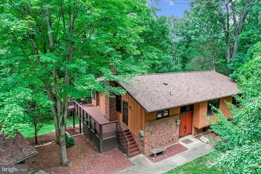 Property for sale at 11918 Wolf Run Ln, Clifton,  VA 20124