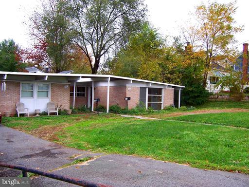 Property for sale at 605 King St S, Leesburg,  VA 20175