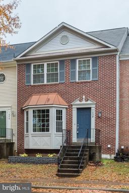 Property for sale at 1038 Smartts Ln Ne, Leesburg,  VA 20176