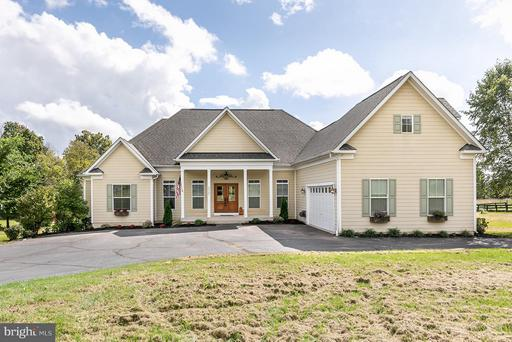 Property for sale at 40727 Lovettsville Rd, Lovettsville,  VA 20180