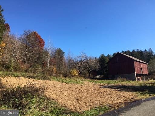 Property for sale at 107 Lumber Ln, New Ringgold,  PA 17960