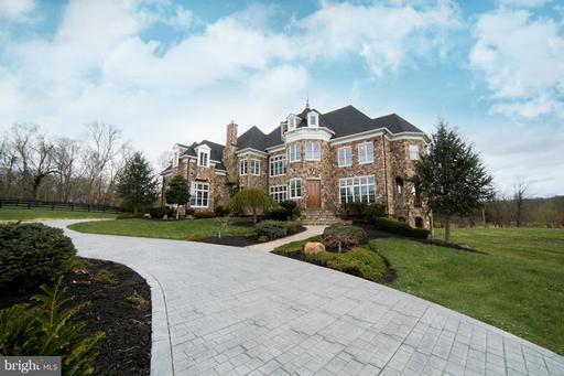 Property for sale at 39984 Braddock Rd, Aldie,  VA 20105