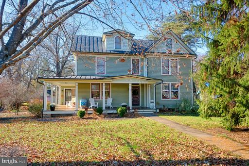 Property for sale at 351 S Orchard Dr, Purcellville,  VA 20132
