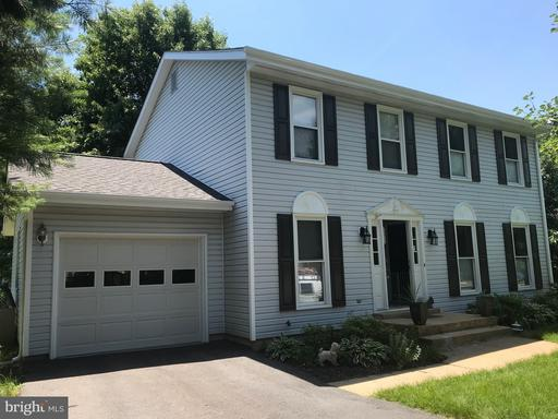 Property for sale at 4 Woodbriar Dr, Lovettsville,  VA 20180