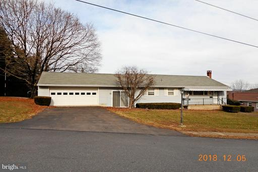 Property for sale at 104 High St, Pine Grove,  PA 17963