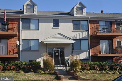 Property for sale at 125-N Clubhouse Dr Sw #9, Leesburg,  VA 20175