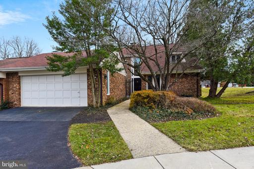 Property for sale at 2819 Oakton Manor Ct, Oakton,  VA 22124