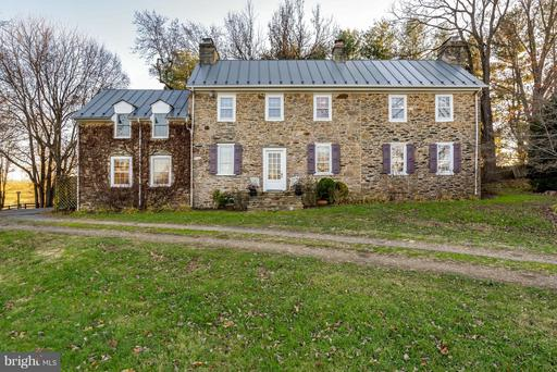Property for sale at 18483 Silcott Springs Rd, Purcellville,  Virginia 20132