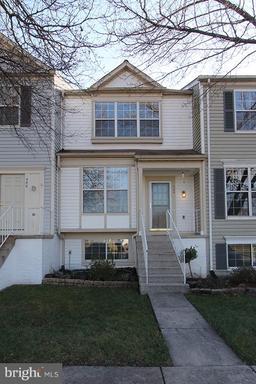Property for sale at 344 Stallion Sq Ne, Leesburg,  VA 20176