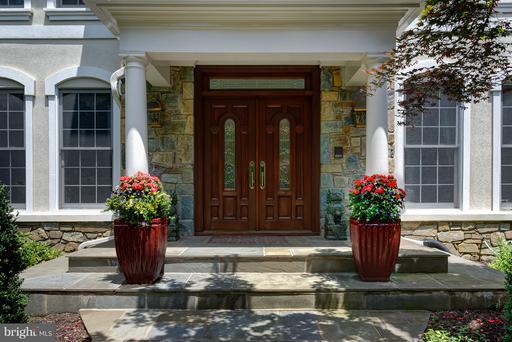 Property for sale at 2979 Westhurst Ln, Oakton,  VA 22124