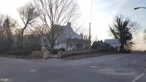 Property for sale at 50 Culpeper St, Warrenton,  VA 20186