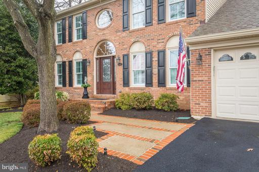 Property for sale at 6416 Springhouse Cir, Clifton,  VA 20124