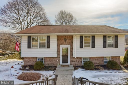 Property for sale at 304 Highland Dr, Pottsville,  Pennsylvania 17901